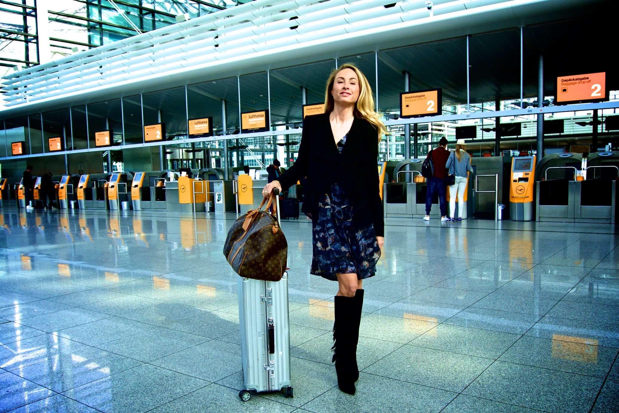 Outfit und Gebäck: passt für den Flug nach New York