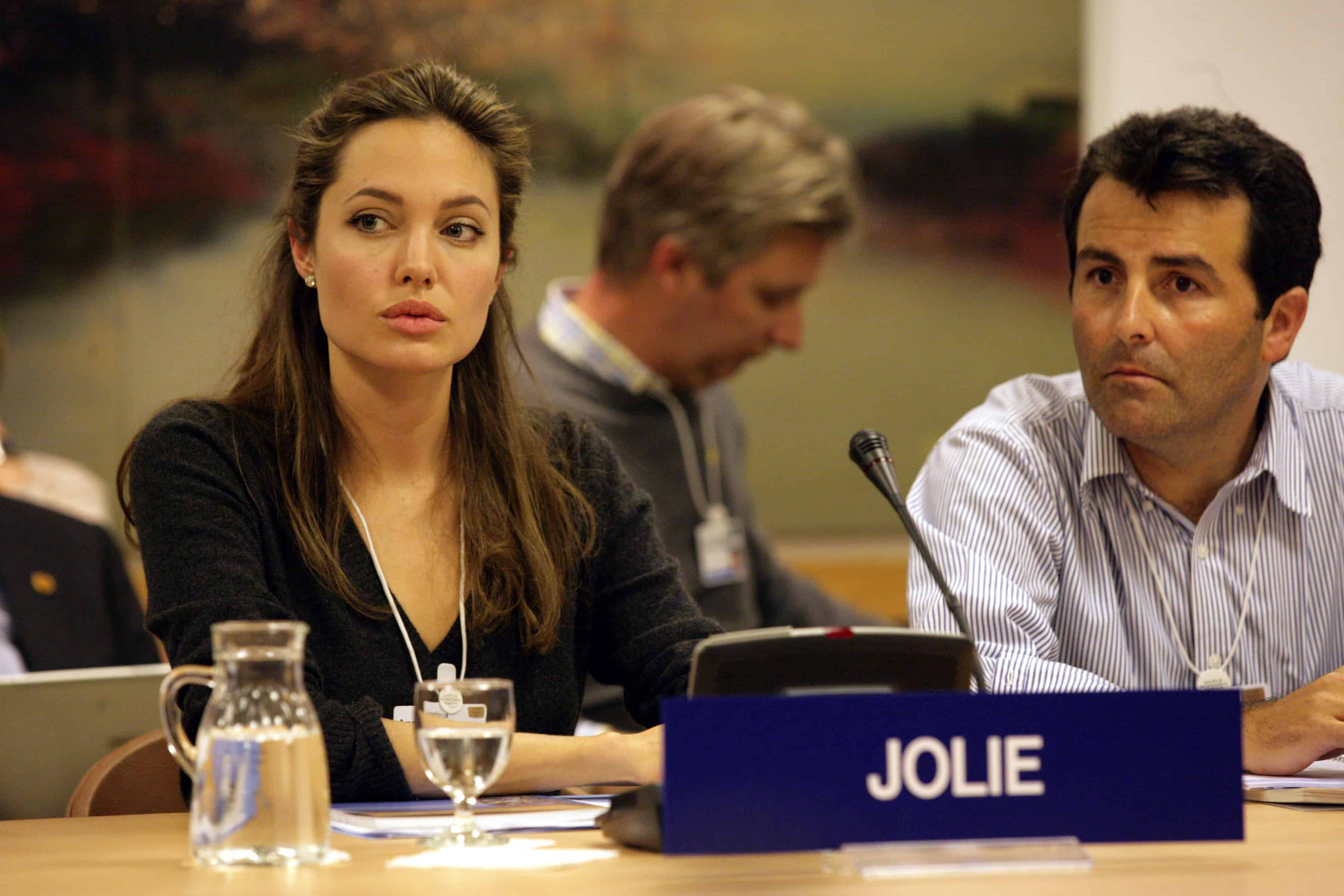 DAVOS/SWITZERLAND, 27JAN05 - Angelina Jolie, Goodwill Ambassador, United Nations High Commissioner for Refugees (UNHCR), Geneva, captured during the workshop 'Getting the Millenium Development Goals Back on Track' at the Annual Meeting 2005 of the World Economic Forum in Davos, Switzerland, January 27, 2005.  Copyright by World Economic Forum    swiss-image.ch/Photo by Severin Nowacki +++No resale, no archive+++