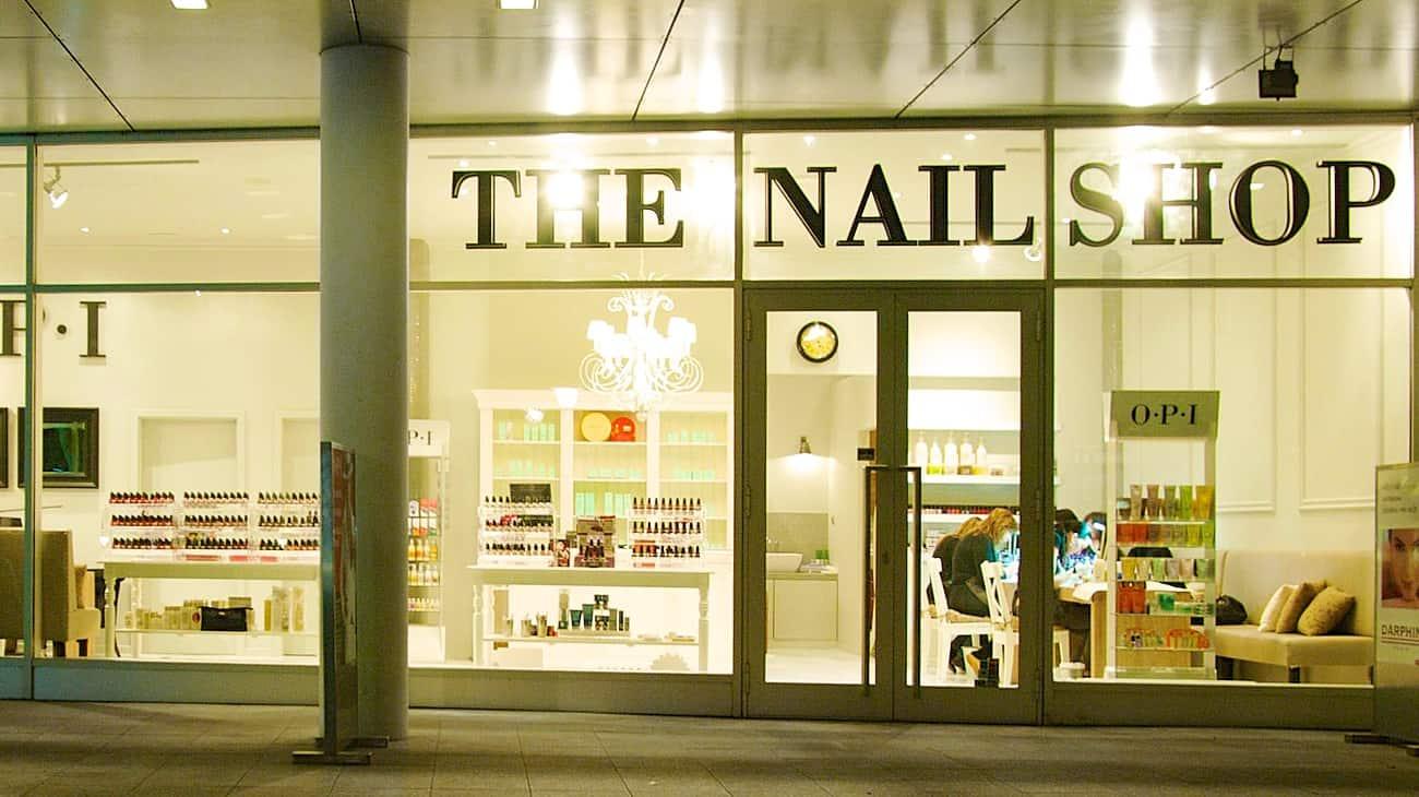 O.P.I. Nail Shop
