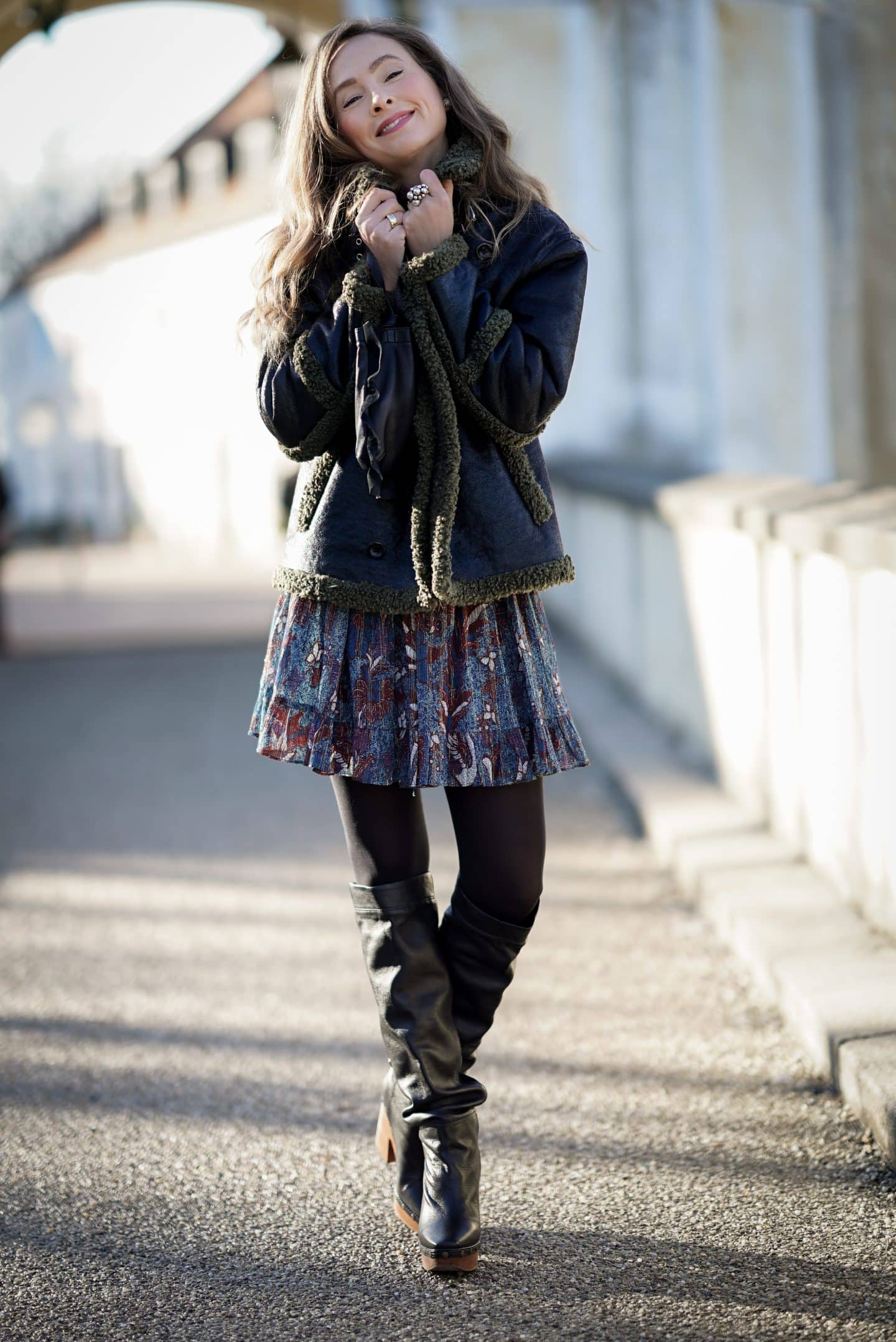 Boho Kleid im Winter stylen Nicki Nowicki ü 40 Bloggerin